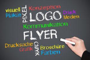 Flyer, Folder und Broschüren professionell konzipieren